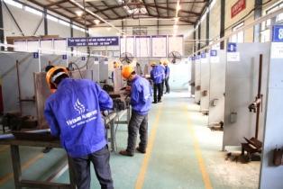Vietnam Manpower JSC.'s welders are doing the trade test