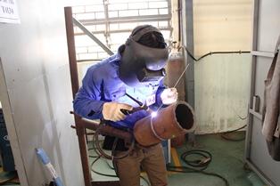 6G welders from Vietnam Manpower JSC