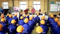 نجحت شركة Vietnam Manpower في تزويد شركة CMC Construction من عمال رومانيا في مناصب مختلفة: عمال الكهرباء ، وخطوط الأنابيب ، والمبلطون ، والنجارون ومثبتو الصلب