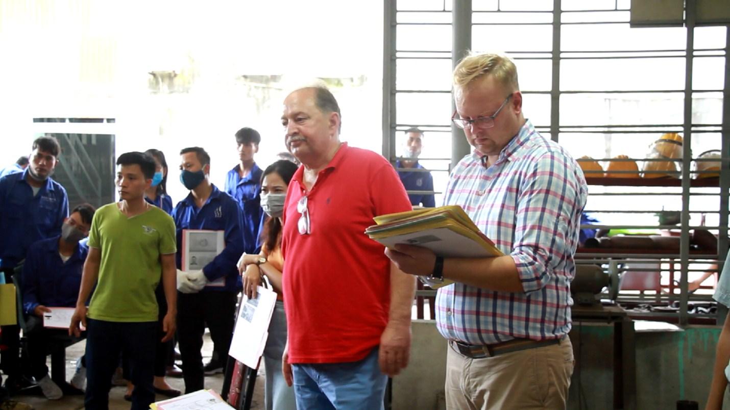 PD.ZOOの第2回共同作業はポーランド180人の労働者をもたらし、もう1度、ベトナム人力は2018年9月23日、労働輸出分野で信頼できるパートナーであることが証明されました。