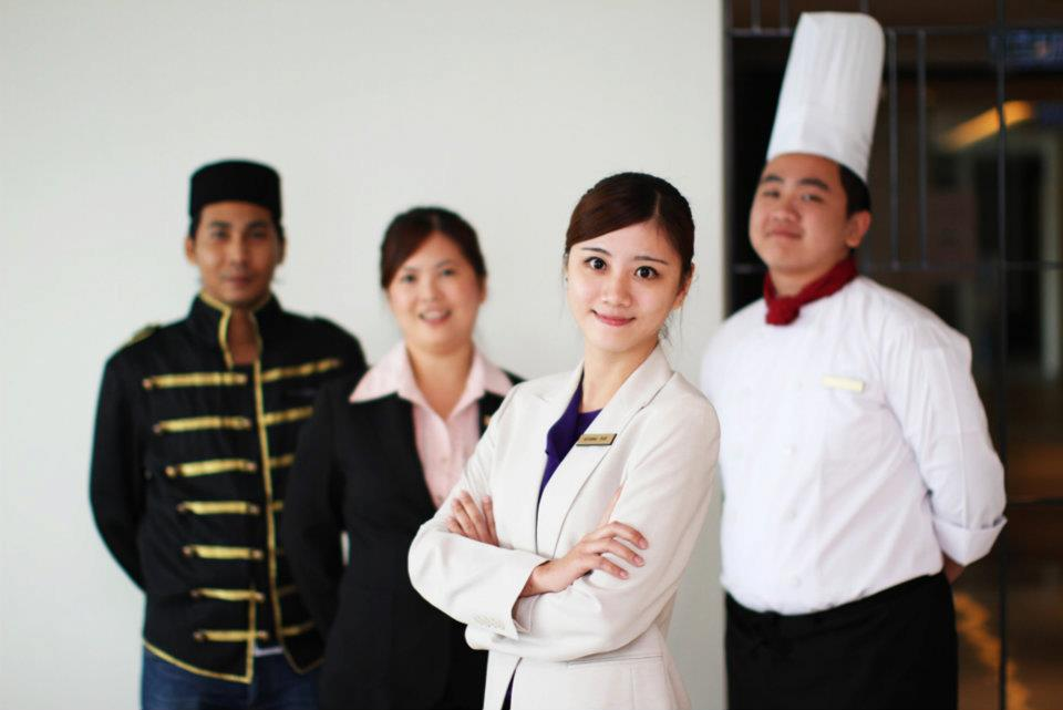 Hotel & resort staffs supplied from Vietnam Manpower