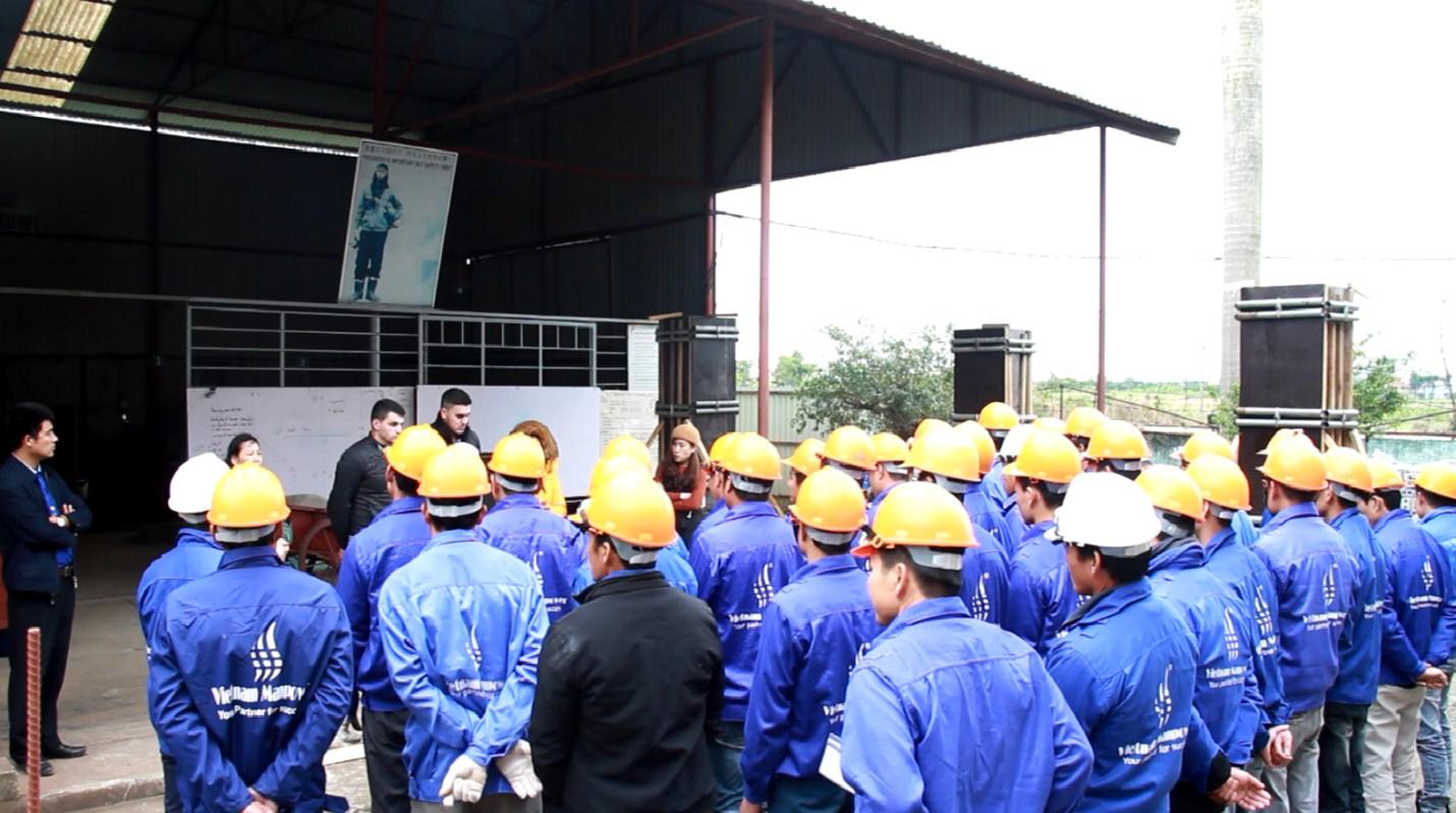 ルーマニアの建設会社であるFransi Companyに60名以上の建設労働者、掘削業者運営者、