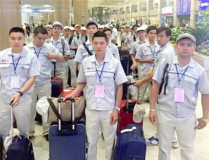 Nearly 10,000 Vietnamese labours working abroad in August 2017