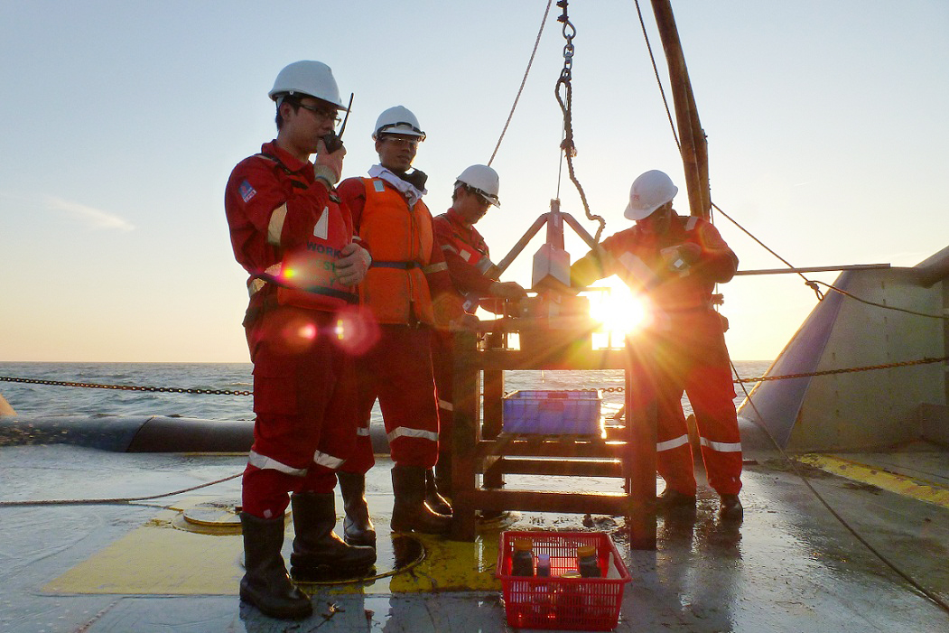 Oil and Gas Industry in Vietnam Provides the Best Economic Growth